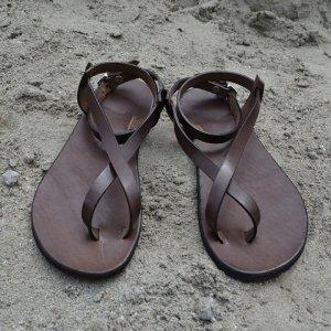 Sandale Dama Model Hoinar Piele Naturala Maro - Curele Complet Ajustabile